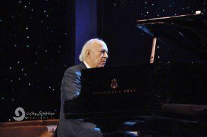عمر خیرت آهنگساز و پیانیست